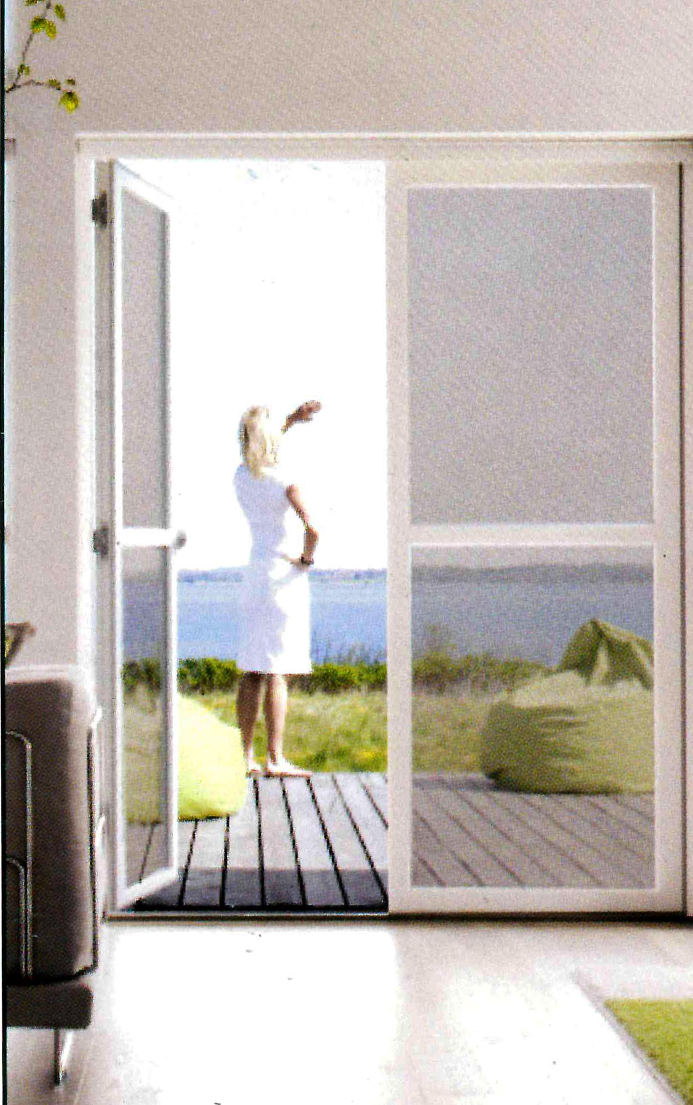 Zanzariere g g serrande produzione serrande inox infissi casa - Serrande elettriche per finestre ...