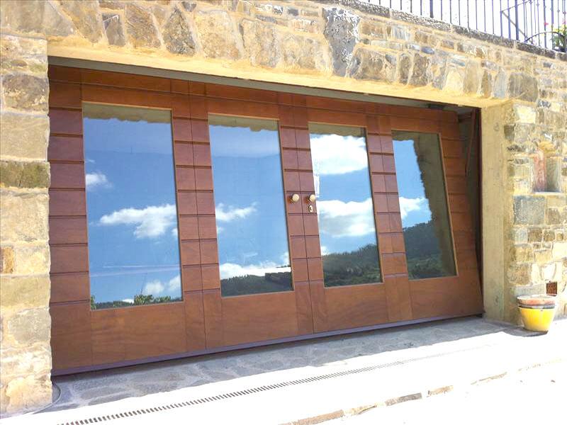 porte basculanti basculante-legno-finestrata